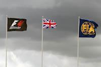 Banderas F1, FIA, GB. GP Gran Bretaña, 2011. Formula 1. GP09