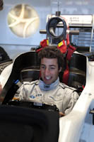 Daniel Ricciardo, Hispania Racing F1, GP Gran Bretaña, 2011. Formula 1. GP09. Jueves. Sonrisa