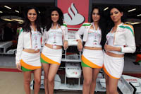 Pit Babes, Force India F1, GP Gran Bretaña, 2011. Formula 1. GP09